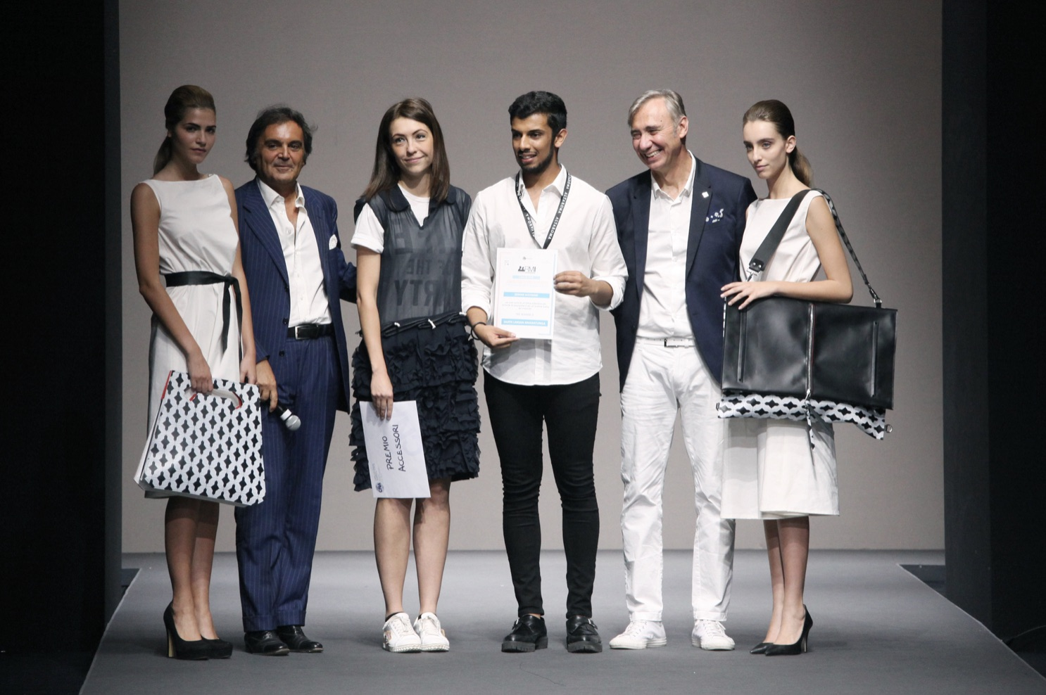 vincitore accessori Sajit Amaratunga